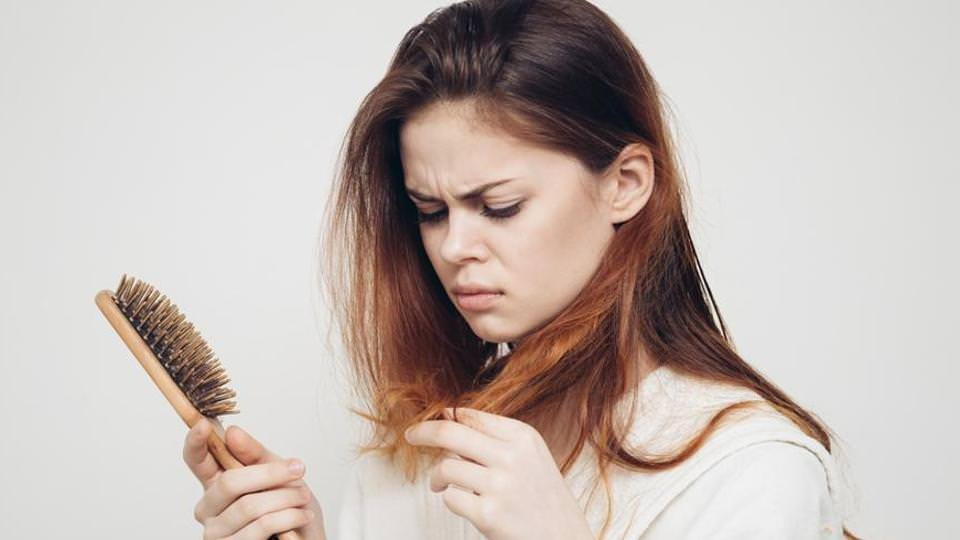 10 Simple but Effective Ways to Control Hair Fall Naturally at Home